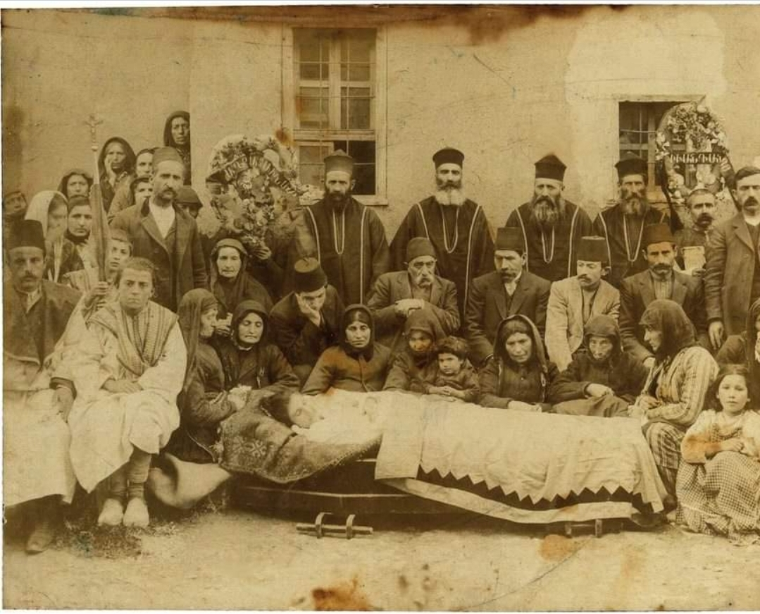 Divriği Ermenileri bir cenazede